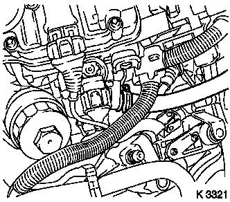 Remove_and_install_cylinder_head_(z_10_xe_z_10_xep_without_air_conditioning_lhd)