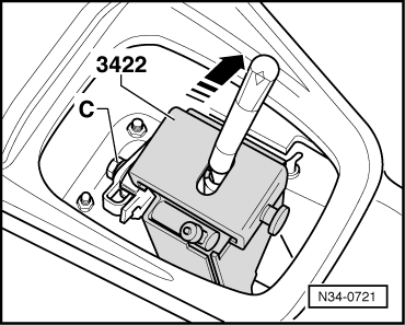 volkswagen golf mk4 manual with Adjusting Gear Selector Mechanism Up To 05 on Installing in addition Removing also Removing together with Adjusting gear selector mechanism up to 05 further Servicing clutch.