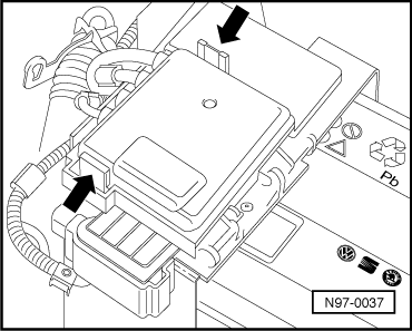 Fuse Box Cl s on 2006 jetta under hood fuse box diagram